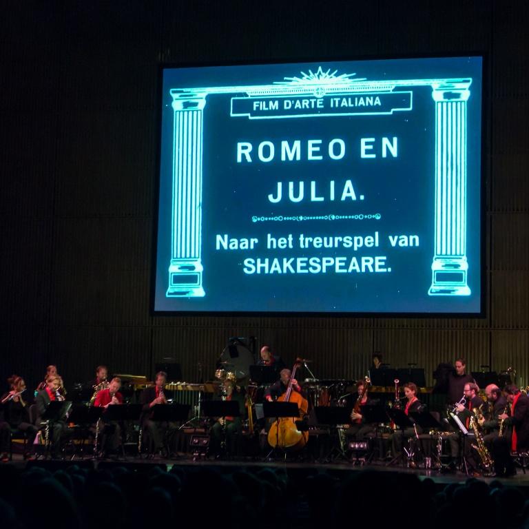 Citaten Uit Romeo En Julia : Romeo en julia nederlands blazers ensemble